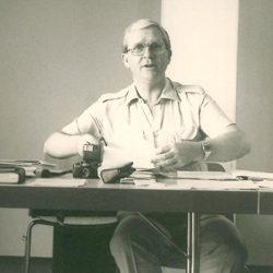Warwick Olson